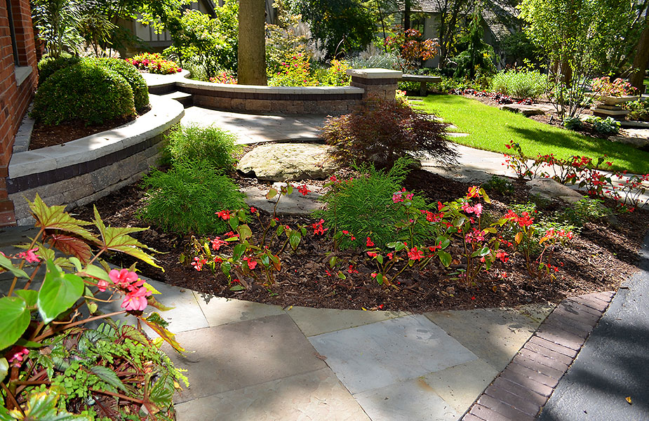 Your Outdoor Setting Comes To Life With Elegant Stone Landscapes